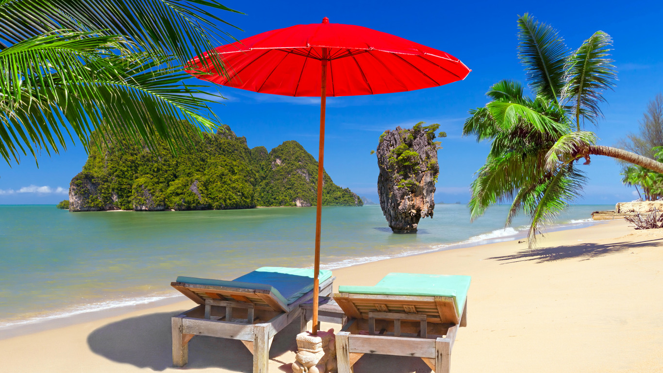 Visiting The Beaches In Phuket – What You Need To Know